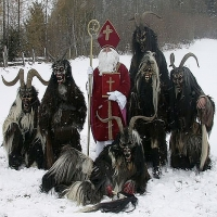 Sinterklaas en zijn zwarte pieten